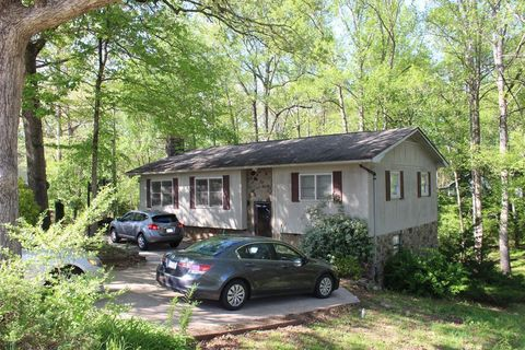 Photo of 104 Lakeshore Dr, Franklin, NC 28734