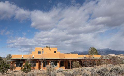 Photo of 50 Camino De Los Arroyos, Ranchos de Taos, NM 87557
