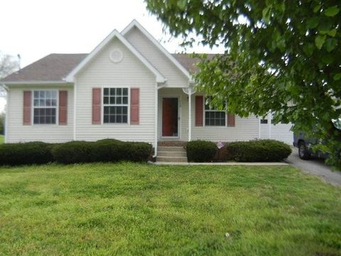 Photo of 112 Tommy Dr, Columbia, TN 38401