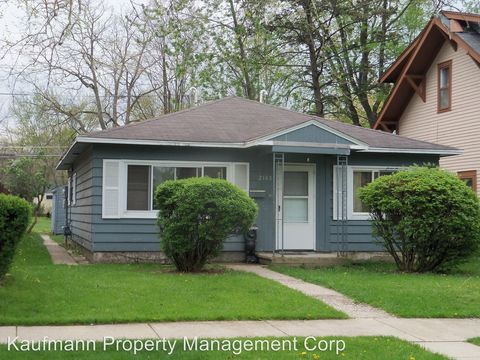 Photo of 2108 Drexel Ave, Fort Wayne, IN 46806