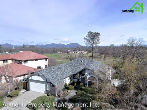Photo of 1863 Gold Hills Dr, Redding, CA 96003