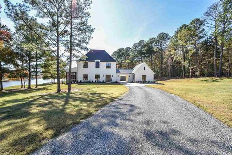 Photo of 139 Swan Sea Ln, Madison, MS 39110