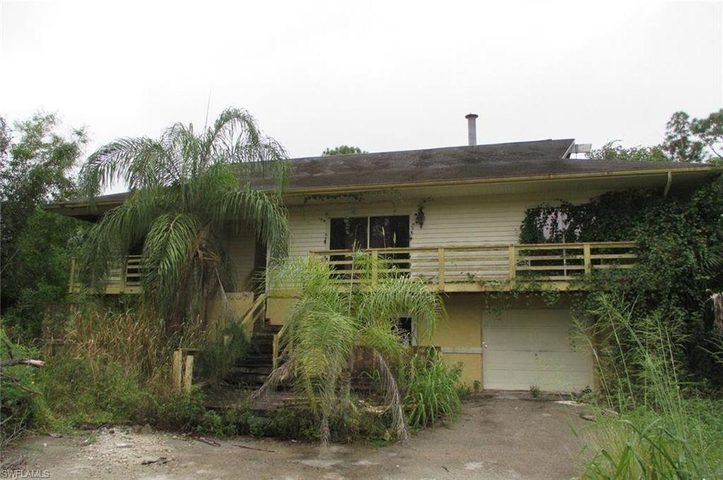 3330 1st Ave NW Naples, FL 34120