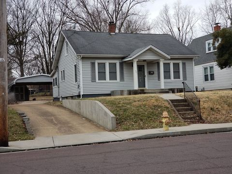 Photo of 501 Hoover St, Union, MO 63084