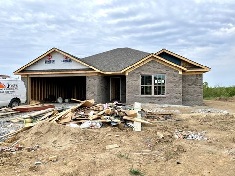 Photo of 736 Tower Dr, Richmond, KY 40475