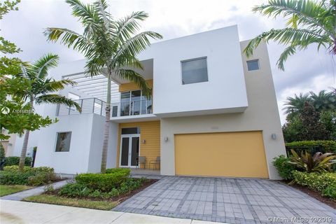 Photo of 10130 Nw 74th Ter, Doral, FL 33178