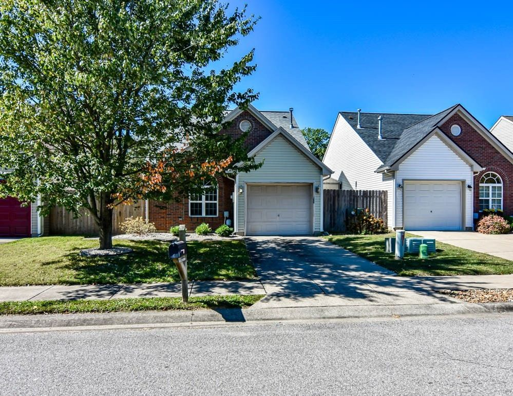 3522 Stanmore Dr Evansville, IN 47715