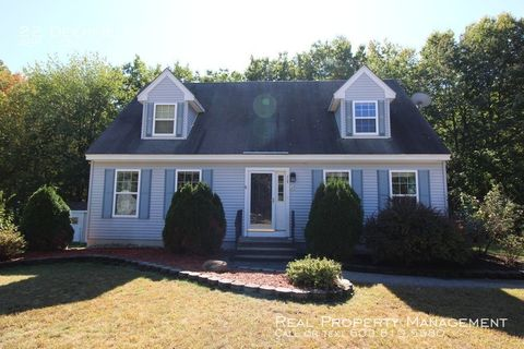 Photo of 22 Deerfield Ct, Rochester, NH 03868