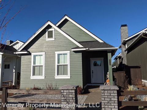 Photo of 2732 Nw Ordway Ave, Bend, OR 97703