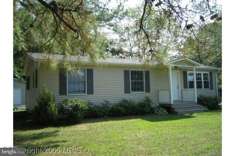 Photo of 18273 Point Lookout Rd, Park Hall, MD 20667