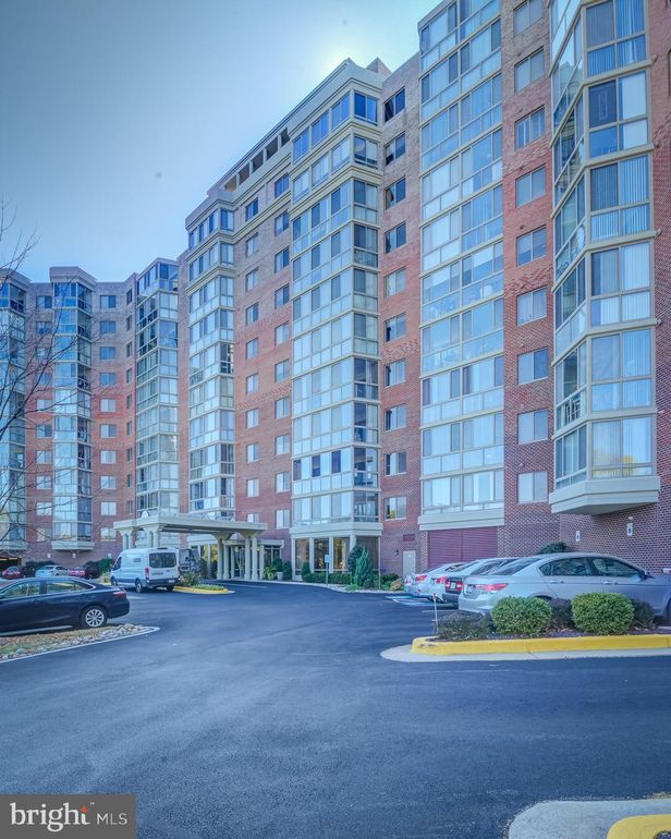 3100 N Leisure World Blvd Apt 916 Silver Spring, MD 20906