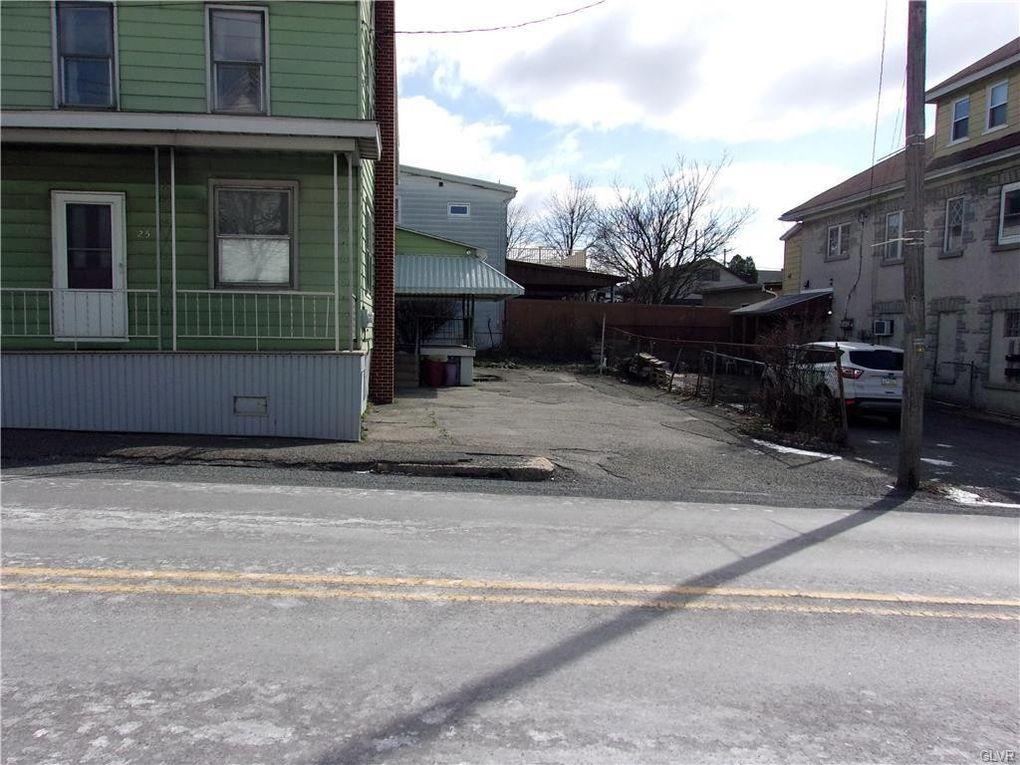 25 N Pine St Summit Hill, PA 18250