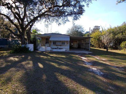 Photo of 119 Sioux Ave, Interlachen, FL 32148