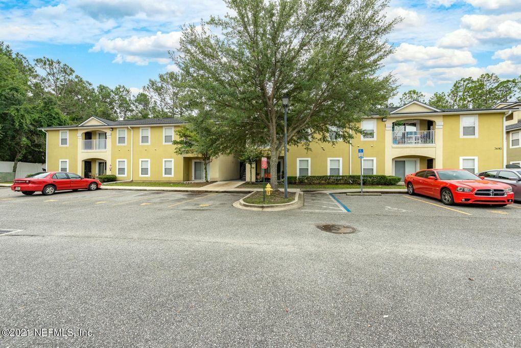 3690 Kirkpatrick Cir Unit 7-4 Jacksonville, FL 32210