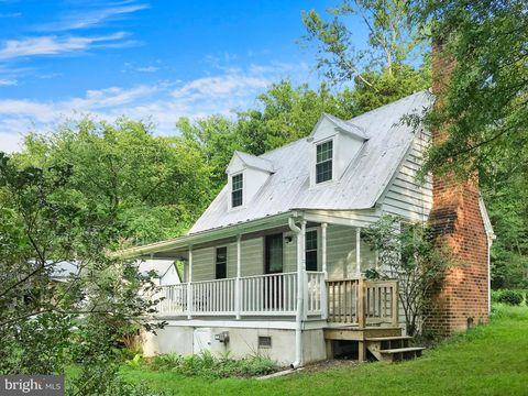 Photo of 435 Barstow Rd, Prince Frederick, MD 20678