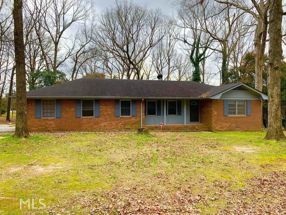 1395 White Oak St SE Conyers, GA 30013