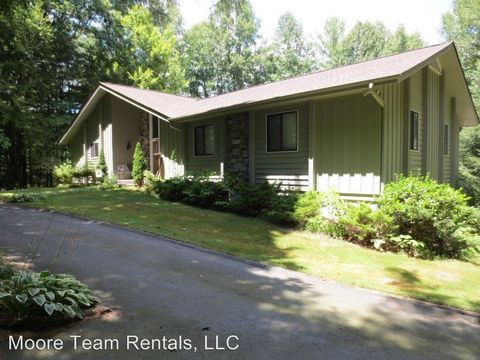 Photo of 2503 Little River Rd, Flat Rock, NC 28731