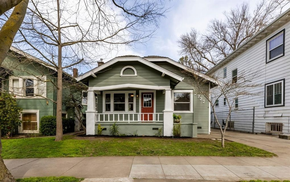 2727 E St Sacramento, CA 95816