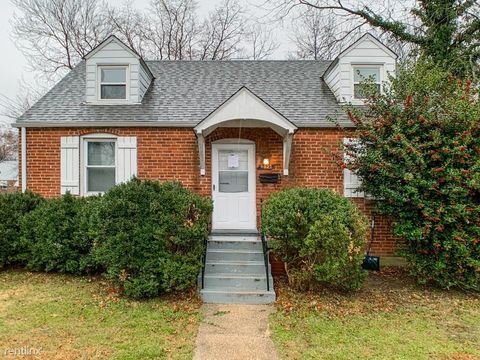 Photo of 9023 48th Pl # 1, College Park, MD 20740