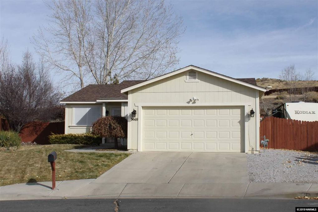 5669 Cranberry Ct Sun Valley, NV 89433