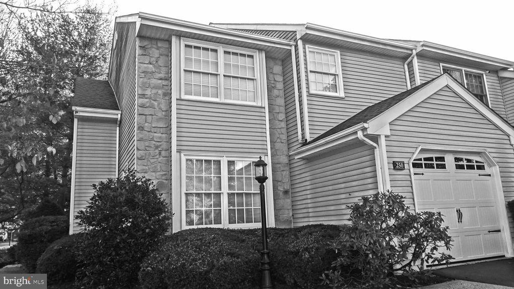 250 Carmen Dr Collegeville, PA 19426
