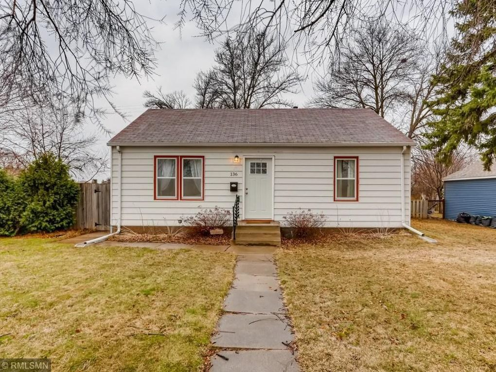 136 17th Ave S Hopkins, MN 55343