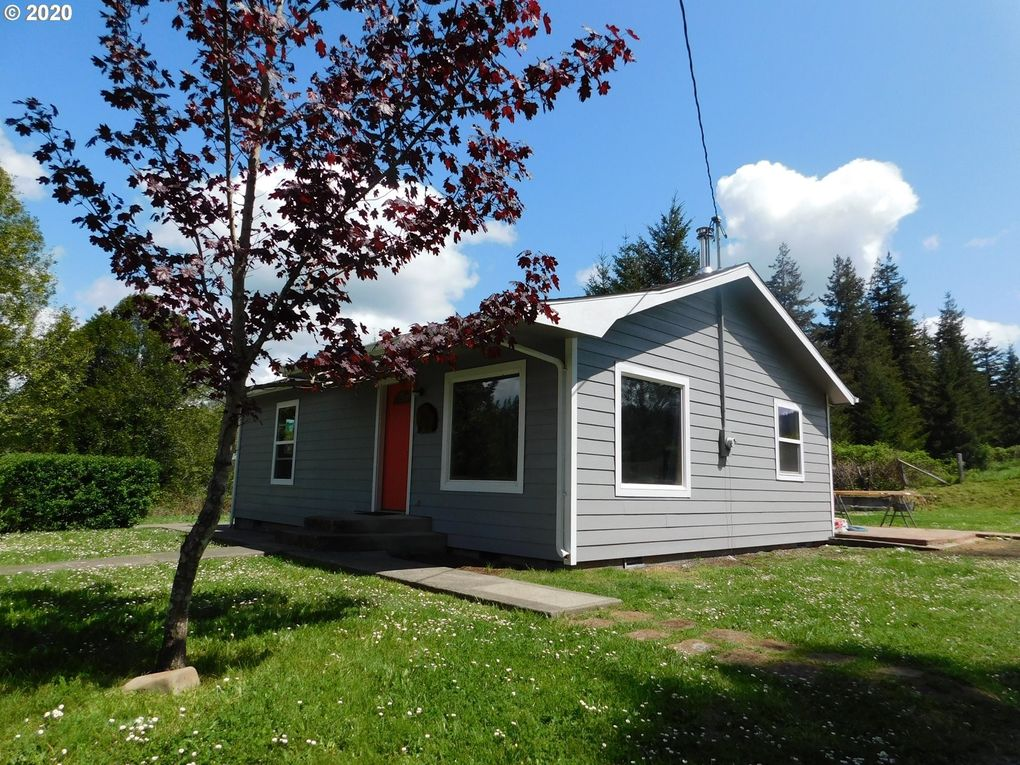 737 18th St Myrtle Point, OR 97458