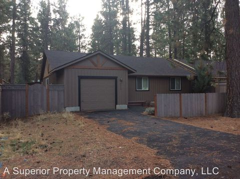 Photo of 273 W Black Crater Ave, Sisters, OR 97759