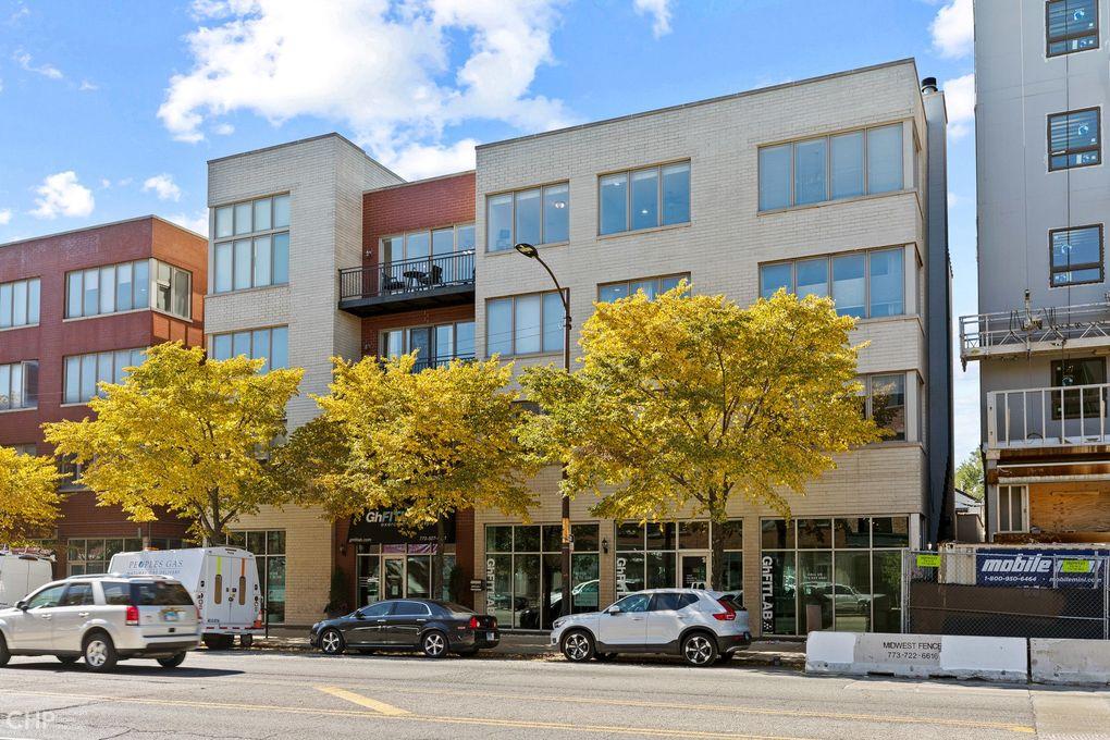 1730 N Western Ave Apt 402 Chicago, IL 60647