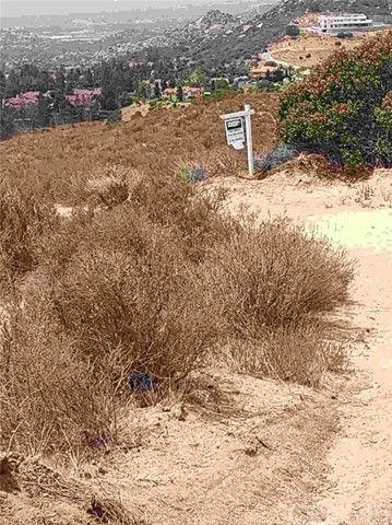 NW North of Deerlake Rank Dr Walk NW Chatsworth, CA 91311