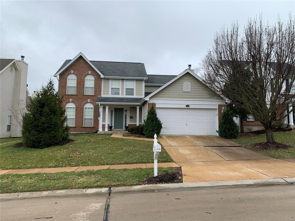 2436 Hickory Manor Dr Wildwood, MO 63011