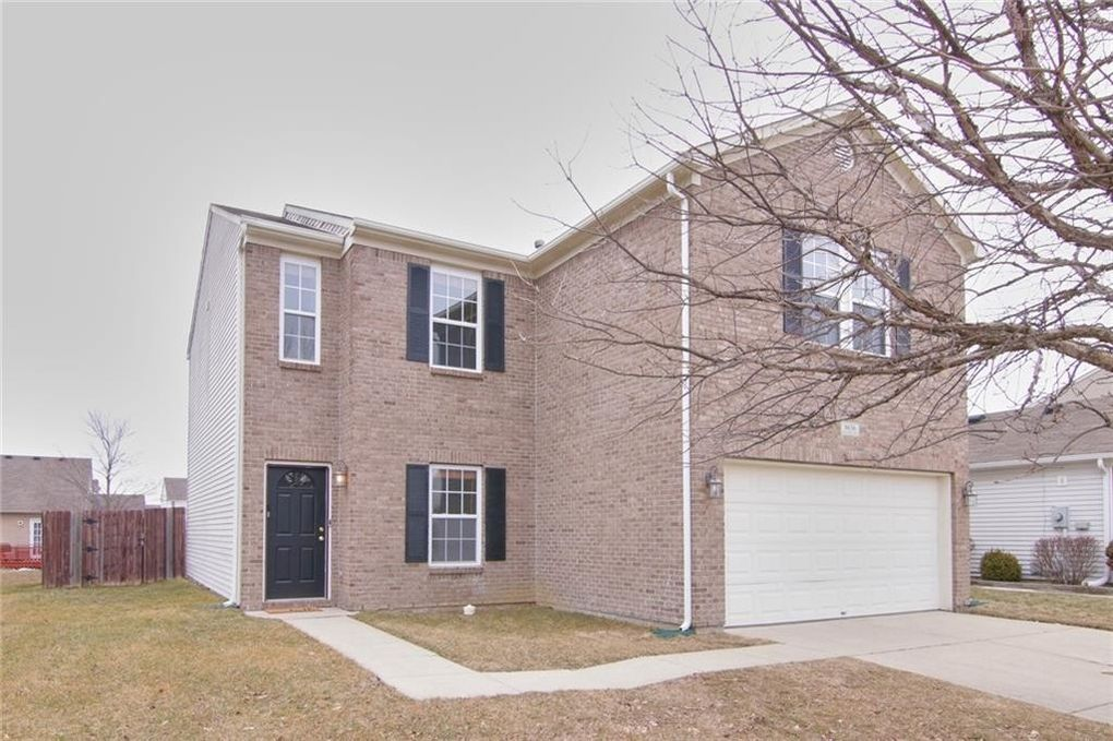 8636 Wheatfield Dr Camby, IN 46113