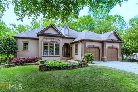 Photo of 8225 Dartmoor Ct, Duluth, GA 30097