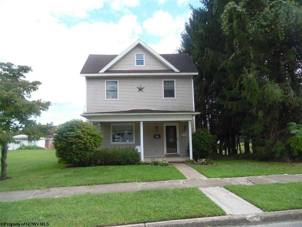 186 Fayette St Buckhannon, WV 26201