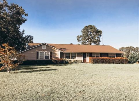 Photo of 1805 Edison Hwy, Fort Gaines, GA 39851