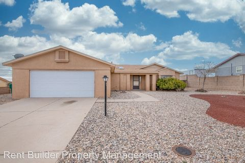 Photo of 537 Terrace Dr Ne, Rio Rancho, NM 87124