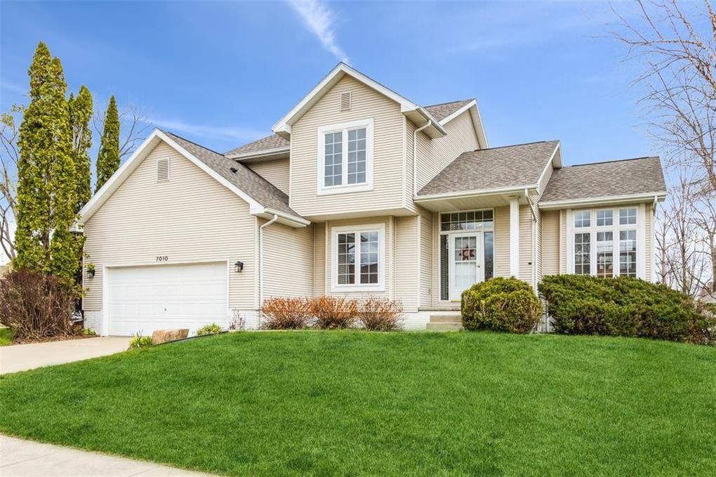 7010 Walden Rd NE Cedar Rapids, IA 52402