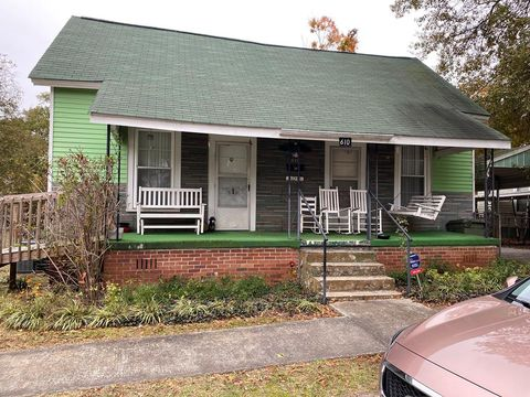 610 Bailey St, Clinton, SC 29325