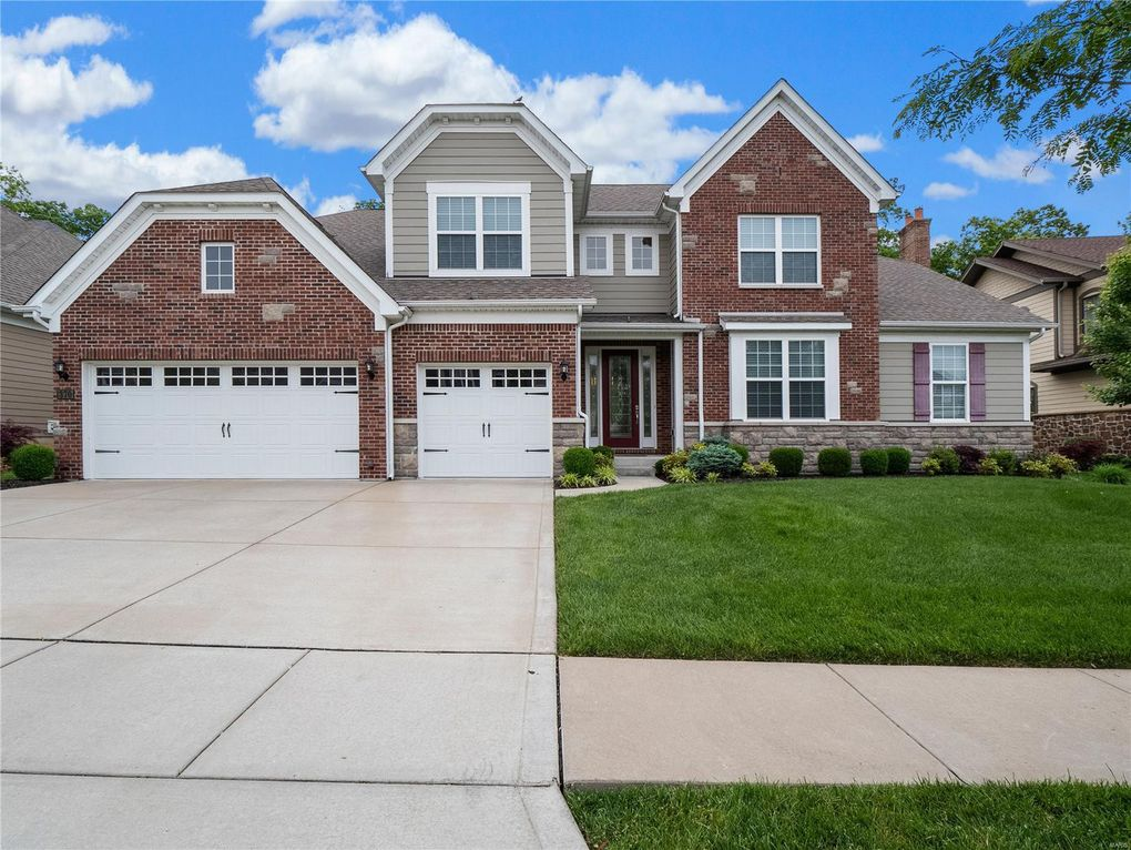 370 Willow Weald Path Chesterfield, MO 63005