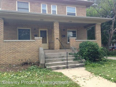 Photo of 1310 E Atwater Ave, Bloomington, IN 47401