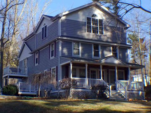 Photo of 2 Lake Ave Unit A, Derry, NH 03038