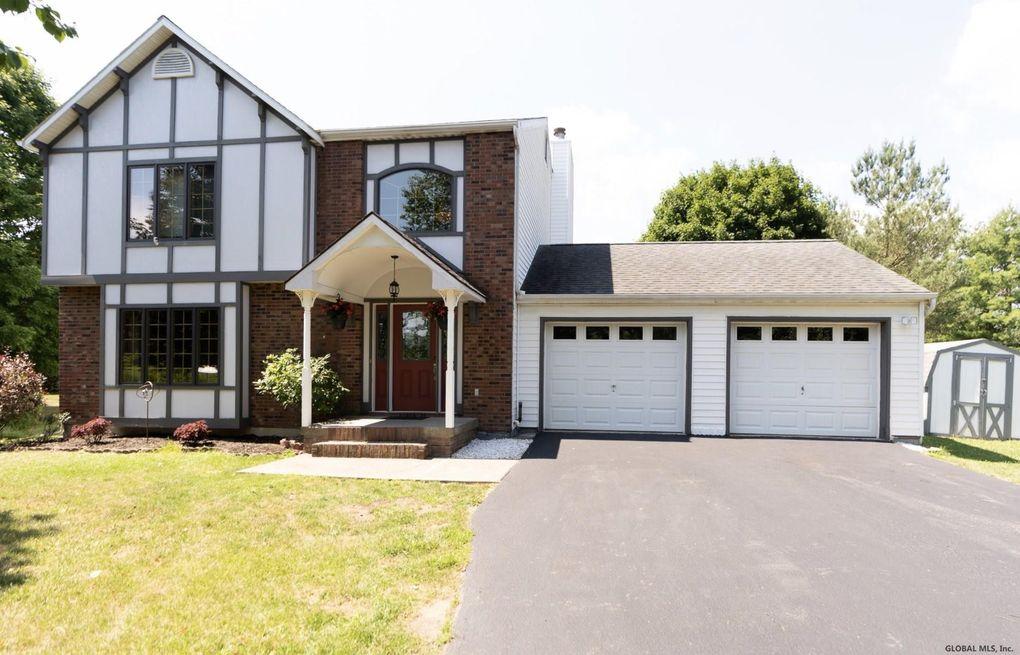 950 Van Hoesen Rd Castleton, NY 12033