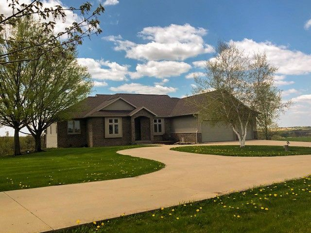 9846 County Road A Mount Horeb, WI 53572