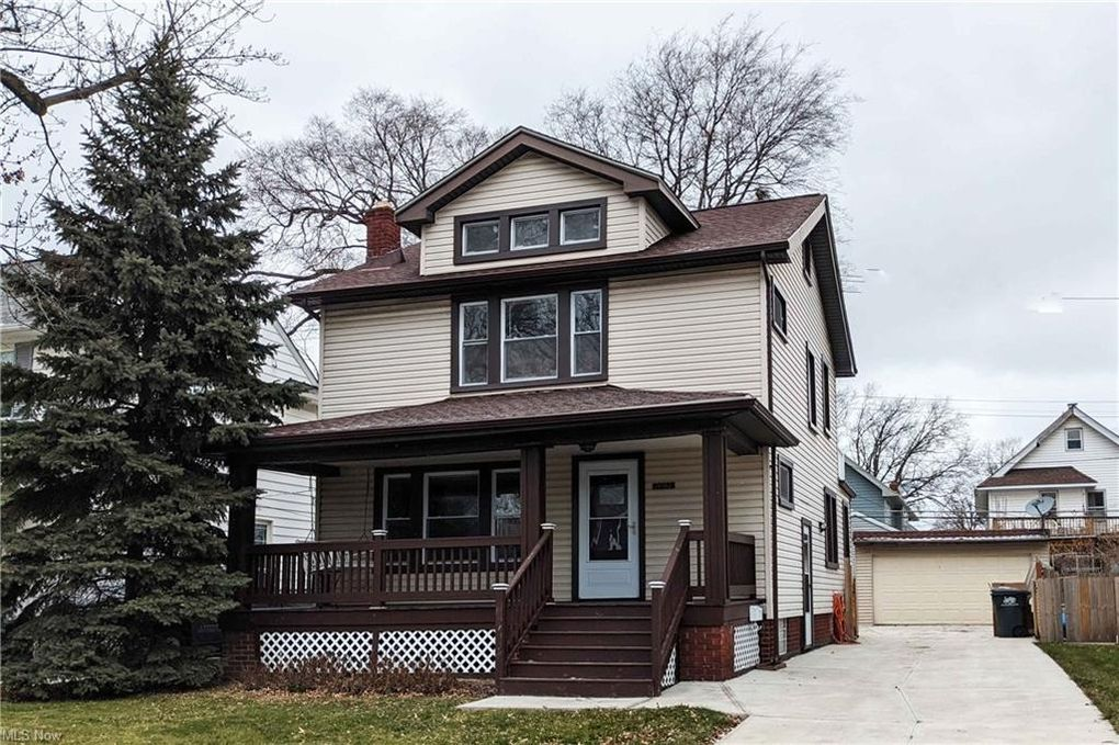 14962 Lakewood Heights Blvd Lakewood, OH 44107