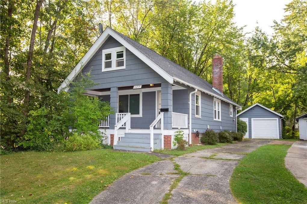 16715 Truax Ave Cleveland, OH 44111