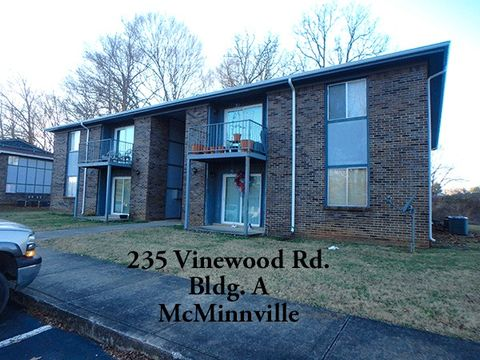Photo of 235 Vinewood Rd Unit A, McMinnville, TN 37110