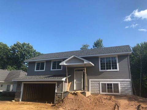 Photo of 1323 Green Tree Dr, Saint Croix Falls, WI 54024