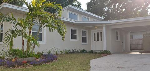 Photo of 2536 Tamisola St, Sarasota, FL 34237