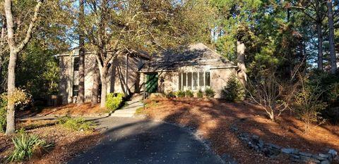 Photo of 100 Ivy Way, Pinehurst, NC 28374