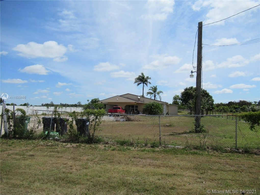 25425 SW 212th Ave Homestead, FL 33031